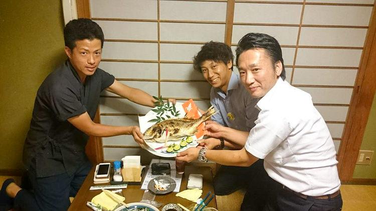 平成28年度兵庫県青年部連合会 第22回主張発表大会・商人ネットワークに宍粟市商工会青年部の高原陽平君と榎元貴治君が出場しました。